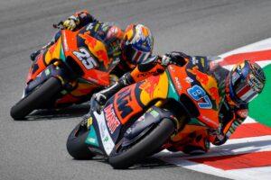 Moto2, 2021, Assen: Gardner chega com vantagem thumbnail