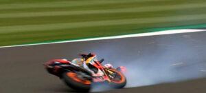 MotoGP, 2021, Silverstone – A queda arrepiante de Marc Marquez a 274 km/h! thumbnail