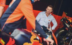 """MotoGP, 2021 – Pit Beirer (KTM): """"A Ducati vai ao limite e investe muito dinheiro"""" thumbnail"""